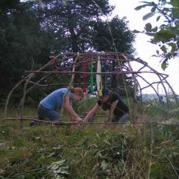 Schwitzhuettenzeremonie Schwitzhuette bauen