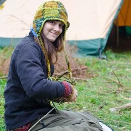 Wildnispaedagogik Körbe flechten Naturhandwerk Wildnisschule Weltenwandler