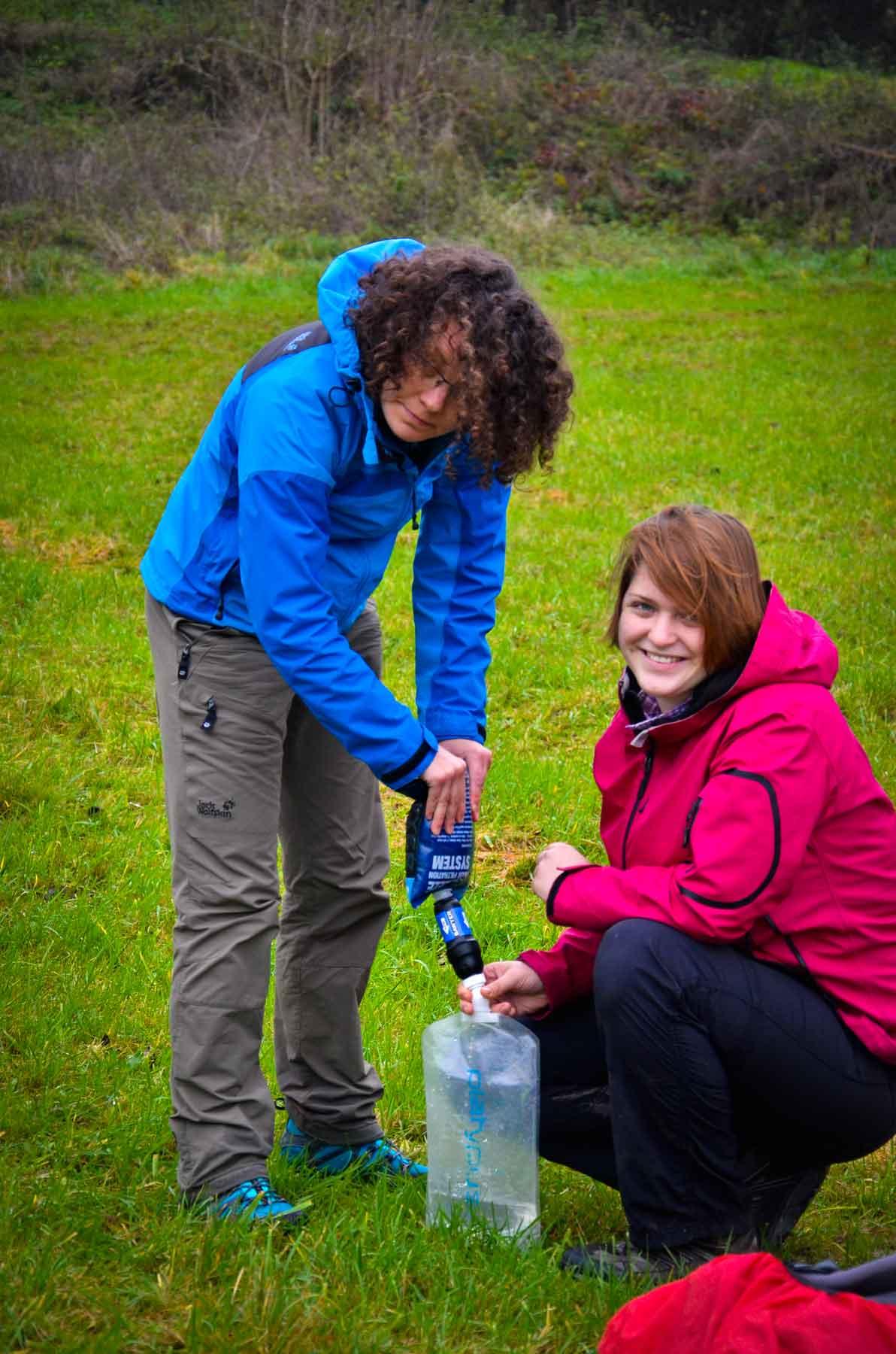 Trekking Guide Ausbildung Wasserfilter benutzen lernen