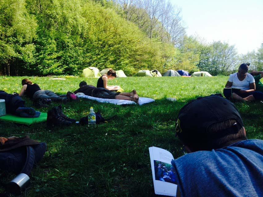Wildnispaedagogik Ausbildung Naturverbindung Wildnisschule Weltenwandler