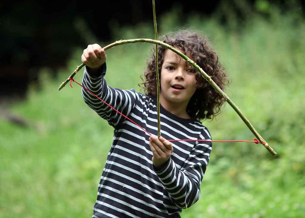 Surival fuer Kinder Bogenbau