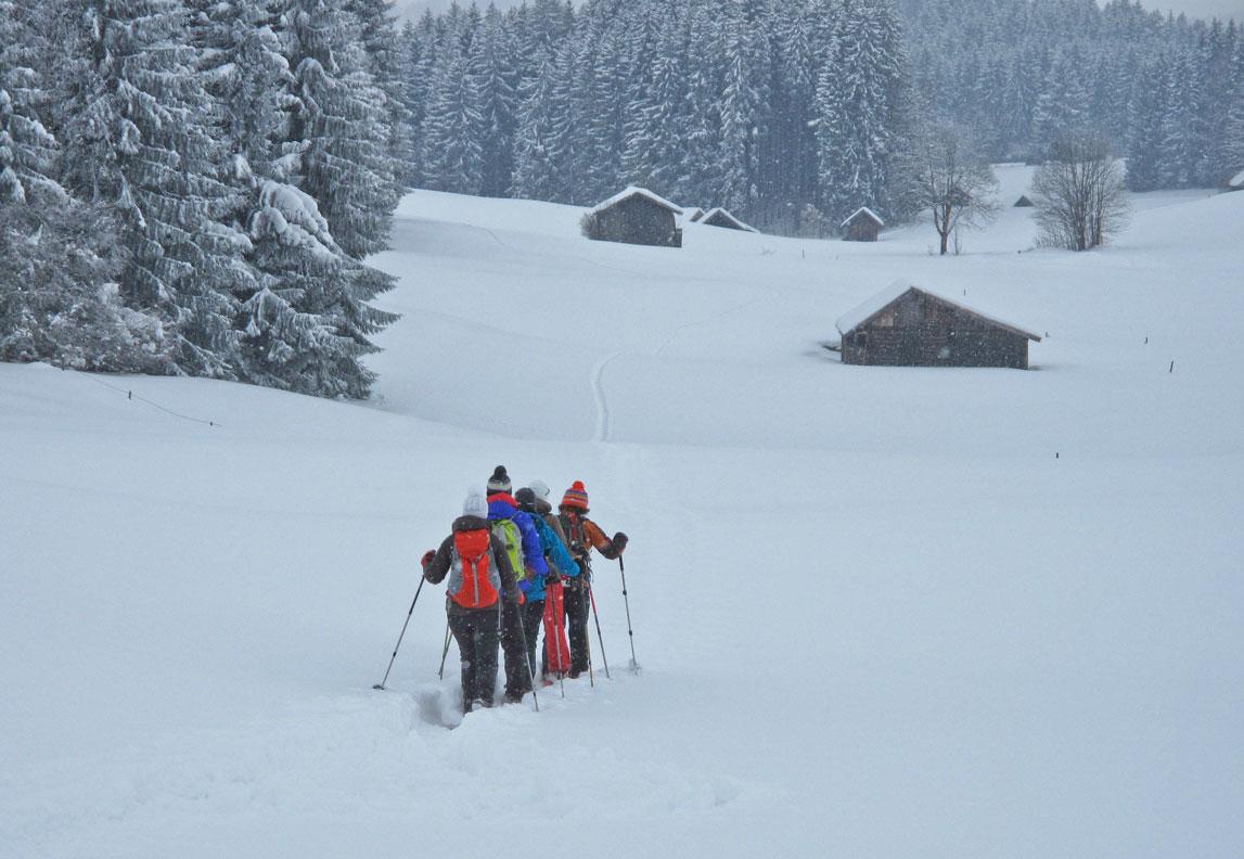 Outdoor Trekking Guide Ausbildung Schneeschuhwandern in Deutschland