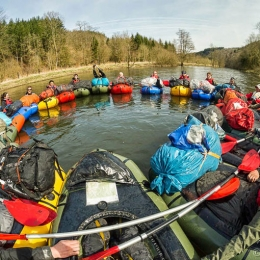 Outdoor Trekking Guide Ausbildung Packraften lernen