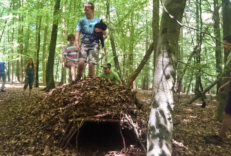 Geburtstag Survival im Wald
